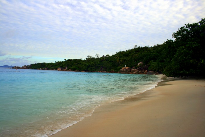Seychely - Praslin - probouzející se Anse Lazio / foto: dovolenkářka