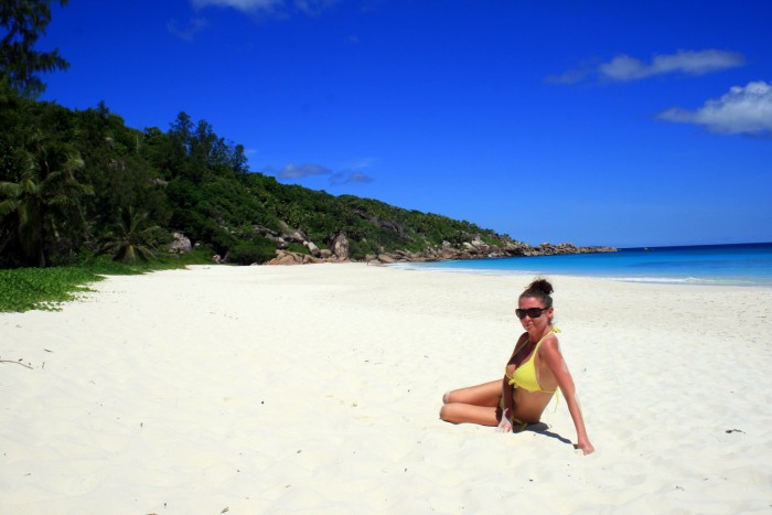 Seychely - La Digue - Petite Anse / foto dovolenkářka