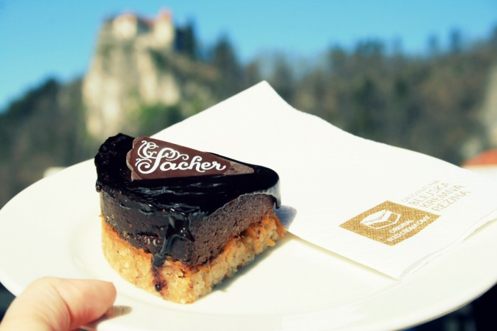 Slovinsko - Bezlepková varianta Sacheru - SAVA Hotels & Resorts - Cafe Park/ foto: dovolenkářka