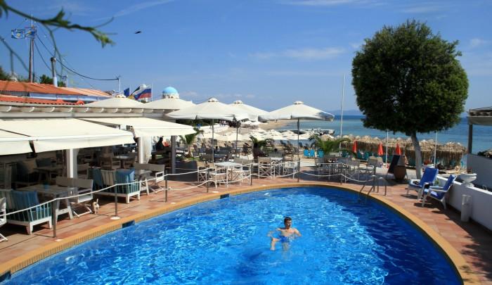 Řecko - ostrov Agistri Oasis Beach Hotel Skala/ foto: dovolenkářka