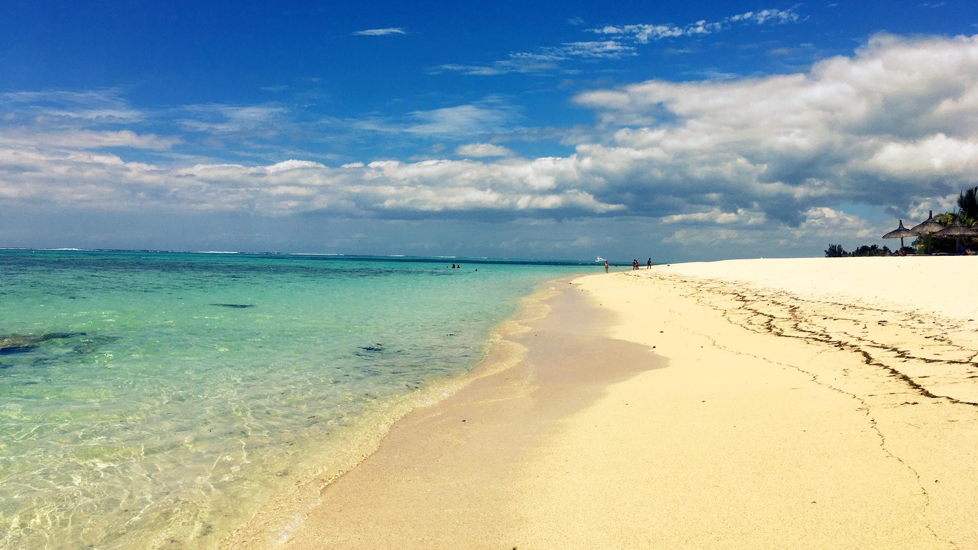 Mauricius - Le Morne Beach u hotelu Dinarobin Beachcomber / Foto: Petra Švehlová Stowasserová